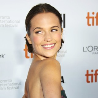 Alicia Vikander in 2013 Toronto International Film Festival - The Fifth Estate Premiere - Arrivals