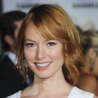Alicia Witt in L.A. Premiere of Dumb and Dumber To - Red Carpet Arrivals