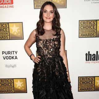 Alison Brie in 2012 Critics' Choice TV Awards - Arrivals