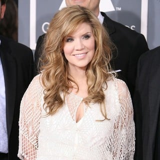 Alison Krauss in 54th Annual GRAMMY Awards - Arrivals