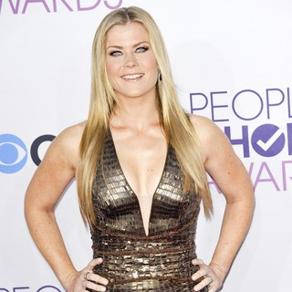 Alison Sweeney in People's Choice Awards 2013 - Red Carpet Arrivals - alison-sweeney-people-s-choice-awards-2013-04