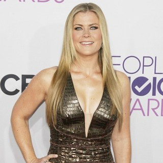 Alison Sweeney in People's Choice Awards 2013 - Red Carpet Arrivals - alison-sweeney-people-s-choice-awards-2013-05