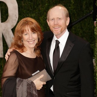 Cheryl Alley, Ron Howard in 2013 Vanity Fair Oscar Party - Arrivals