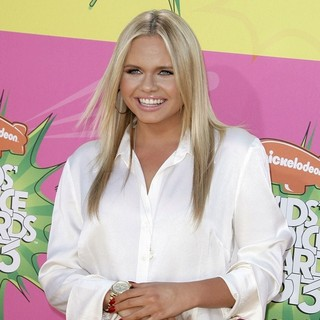 Alli Simpson in Nickelodeon's 26th Annual Kids' Choice Awards - Arrivals