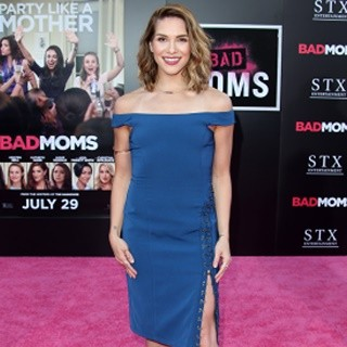 Allison Holker-Film Premiere of Bad Moms