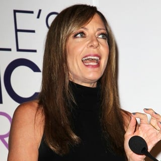 Allison Janney in People's Choice Awards 2014 Nominations Press Conference