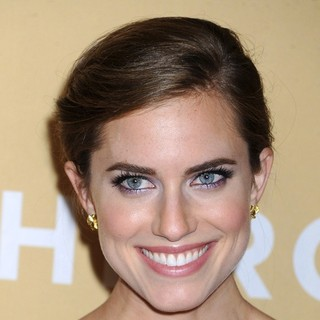 Allison Williams in 2013 CNN Heroes: An All Star Tribute - Red Carpet Arrivals