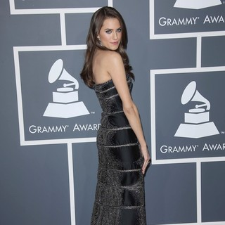 Allison Williams in 55th Annual GRAMMY Awards - Arrivals