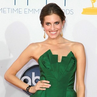 Allison Williams in 64th Annual Primetime Emmy Awards - Arrivals