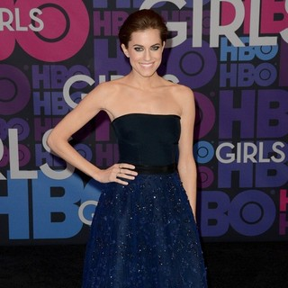 Allison Williams in Season 4 Premiere of HBO's Girls