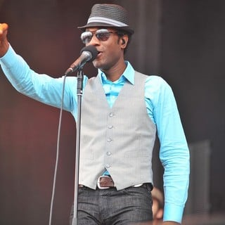 Aloe Blacc in V Festival - Day Two