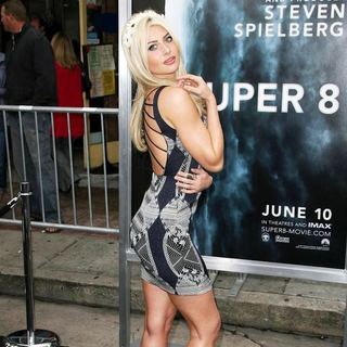 Alyson Michalka in Los Angeles Premiere of Super 8 - alyson-michalka-super-8-premiere-02
