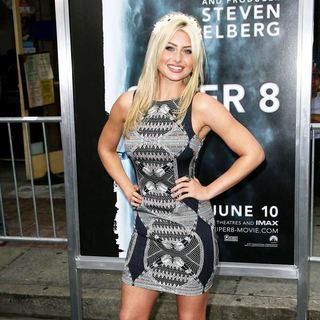 Alyson Michalka in Los Angeles Premiere of Super 8