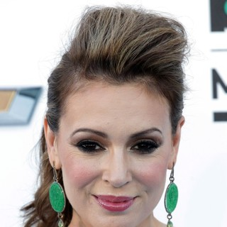 Alyssa Milano in 2013 Billboard Music Awards - Arrivals - alyssa-milano-2013-billboard-music-awards-01