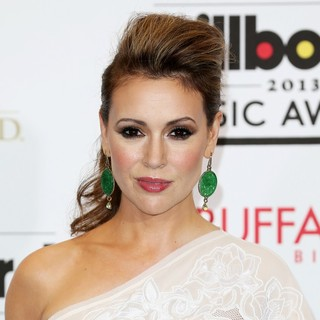Alyssa Milano in 2013 Billboard Music Awards - Press Room - alyssa-milano-2013-billboard-music-awards-press-room-01