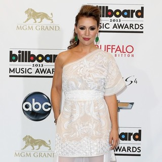 Alyssa Milano in 2013 Billboard Music Awards - Press Room - alyssa-milano-2013-billboard-music-awards-press-room-02
