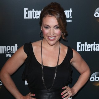 Alyssa Milano in Entertainment Weekly and ABC TV Celebrate The New York Upfronts with A VIP Cocktail Party - Arrivals