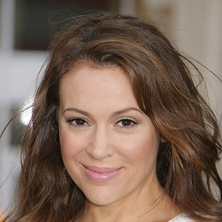 Alyssa Milano in Los Angeles Premiere of 42: The True Story of An American Legend - Arrivals - alyssa-milano-premiere-42-01