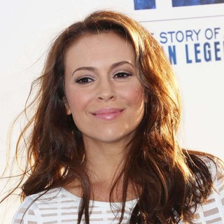 Alyssa Milano in Los Angeles Premiere of 42: The True Story of An American Legend - Arrivals - alyssa-milano-premiere-42-02