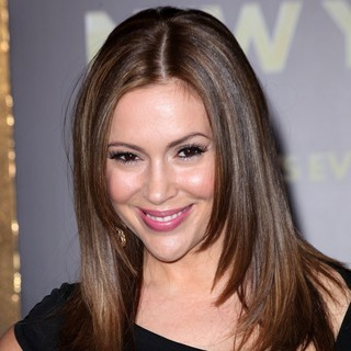 Alyssa Milano in Los Angeles Premiere of New Year's Eve