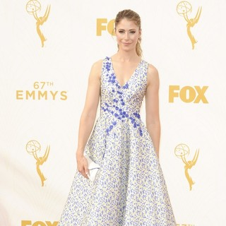 Amanda Crew in 67th Primetime Emmy Awards - Red Carpet