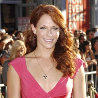 Amanda Righetti in Los Angeles Premiere of Captain America The First Avenger - Arrivals