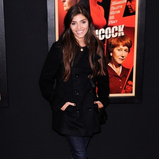 Amanda Setton in The Hitchcock Premiere