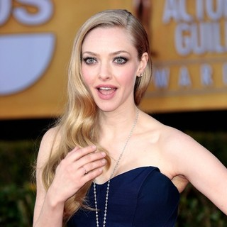 Amanda Seyfried in 19th Annual Screen Actors Guild Awards - Arrivals