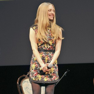 Amanda Seyfried in The Japan Premiere of Les Miserables