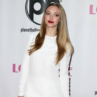 Amanda Seyfried in VIP Screening of Lovelace Hosted by Planet Hollywood Resort and Casino Las Vegas - Arrivals - amanda-seyfried-screening-lovelace-04
