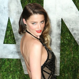 Amber Heard in 2013 Vanity Fair Oscar Party - Arrivals
