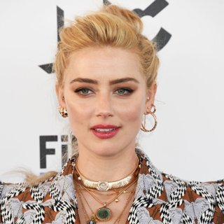 Amber Heard in The 2020 Film Independent Spirit Awards - Arrivals