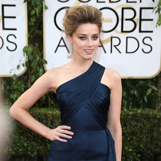 Amber Heard in 71st Annual Golden Globe Awards - Arrivals