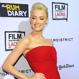 Amber Heard in The Rum Diary Premiere - Arrivals