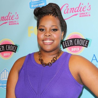 Amber Riley in 2013 Teen Choice Awards - Press Room