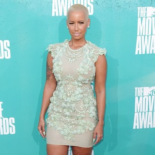 Amber Rose in 2012 MTV Movie Awards - Arrivals