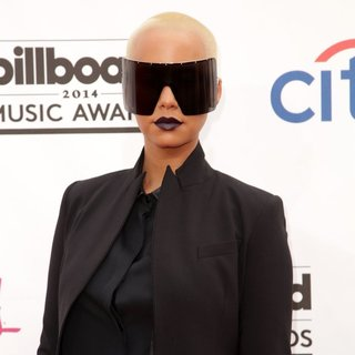Amber Rose in 2014 Billboard Music Awards - Red Carpet