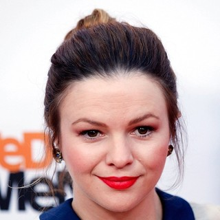 Amber Tamblyn in Netflix's Los Angeles Premiere of Season 4 of Arrested Development - amber-tamblyn-premiere-arrested-development-season-4-01