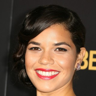 Los Angeles Premiere of End of Watch - america-ferrera-premiere-end-of-watch-01