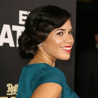 Los Angeles Premiere of End of Watch - america-ferrera-premiere-end-of-watch-06