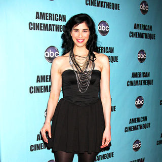 Sarah Silverman in The American Cinematheque 24th Annual Award Presentation to Matt Damon - Arrivals