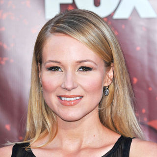 Jewel Kilcher in The 2010 American Country Awards - Arrivals