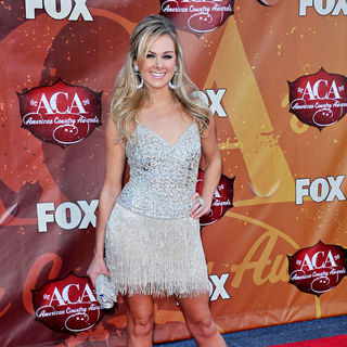 Laura Bell Bundy in The 2010 American Country Awards - Arrivals