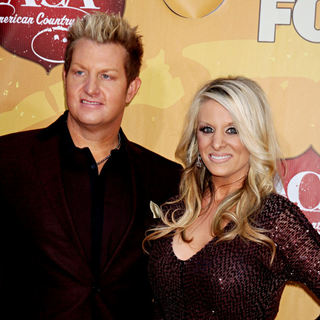 Gary LeVox in The 2010 American Country Awards - Arrivals