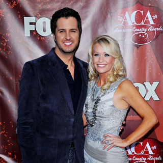 Luke Bryan in The 2010 American Country Awards - Arrivals