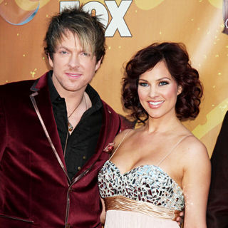 Joe Don Rooney, Tiffany Fallon in The 2010 American Country Awards - Arrivals