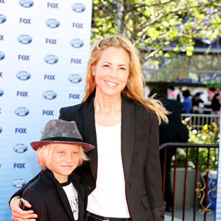 Maria Bello in The American Idol Season 9 Finale - Arrivals