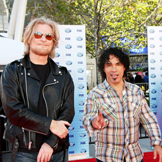Daryl Hall, John Oates in The American Idol Season 9 Finale - Arrivals