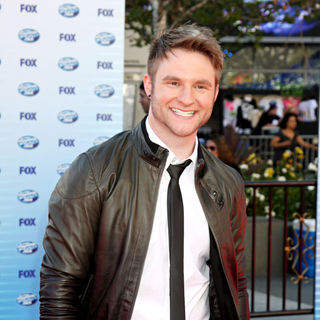 Blake Lewis in The American Idol Season 9 Finale - Arrivals