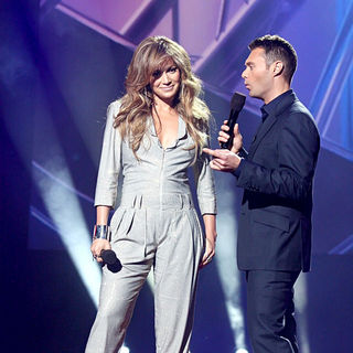 Jennifer Lopez, Ryan Seacrest in American Idol Reveals New Judges for Season 10
